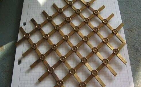 Griglie in metallo lavorazione artigianale